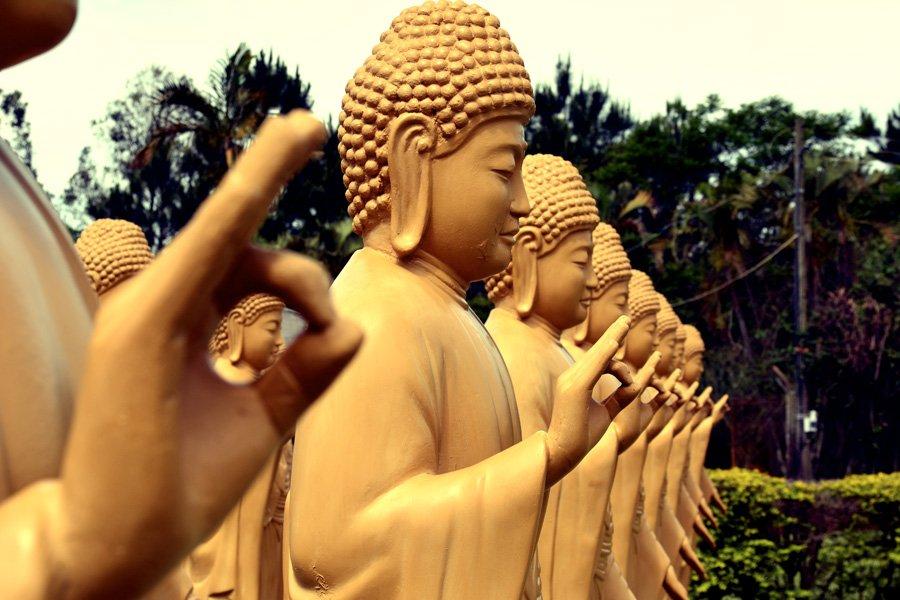 Kloster auf Zeit, Ashram und Retreats, buddhistischer Tempel in Brasilien